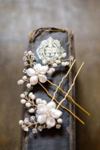 svatba-bocreations-hairpins-1