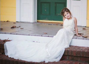 Nora, 4, from North Carolina wears late mother's wedding dress in shoot Amber Davis died aged 27 after being diagnosed with rare cervical cancer Asked friend Heidi Spillane to take poignant photos as keepsake for Nora 11/4/16 My Three Arrows Photography